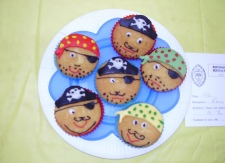 Carpenders Park Horticultural Society Childrens decorated biscuits